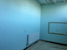 East-Witterings-Community-Primary-School-Classroom-walls-before