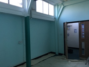 East-Witterings-Community-Primary-School-Classroom-walls-before2