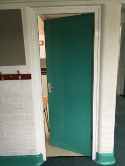 East-Witterings-Community-Primary-School-Kitchen-door-after-3